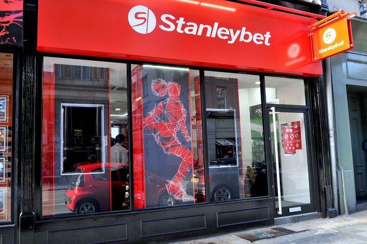StanleyBet - Case de pariuri stradale